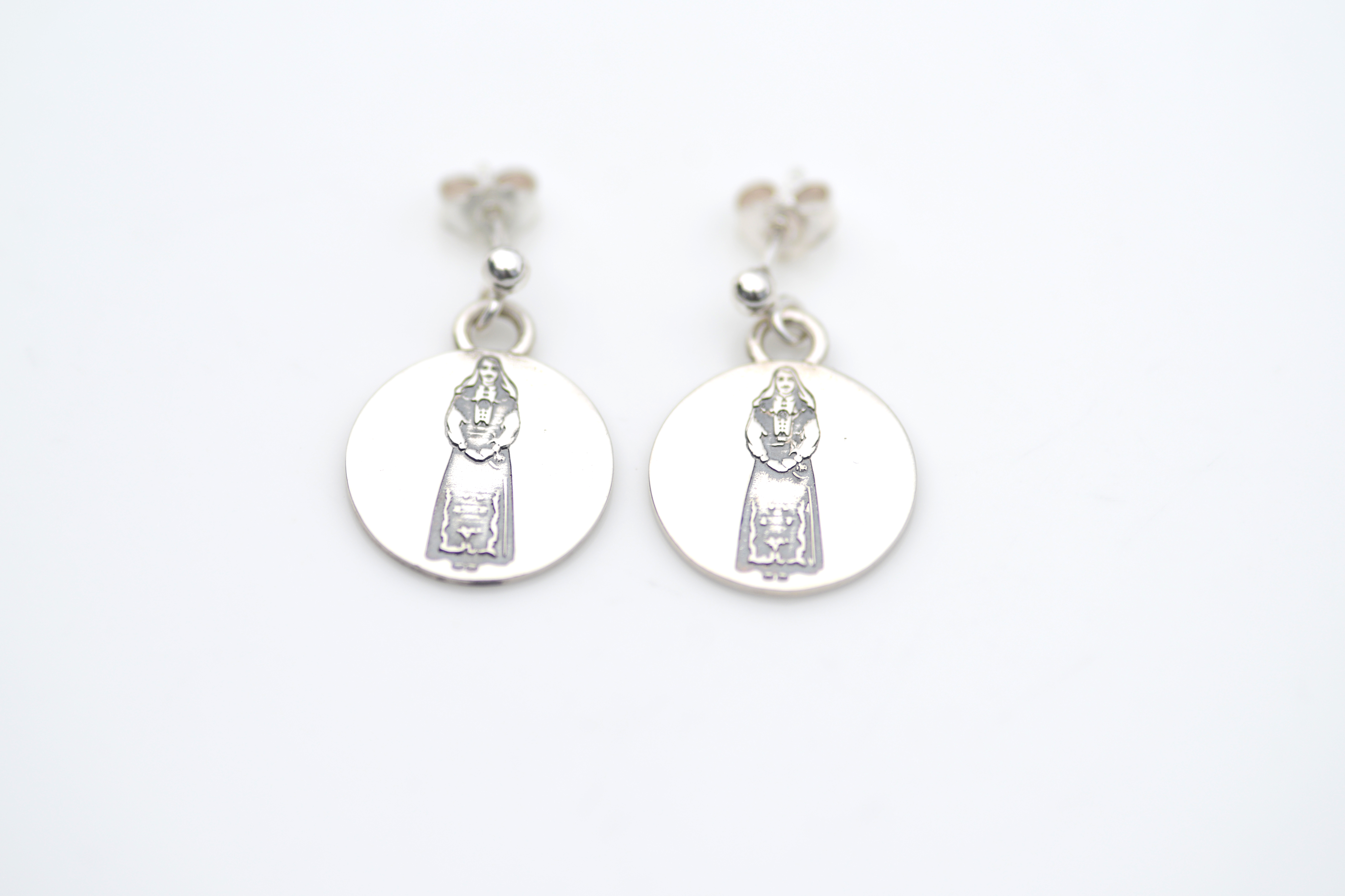 Norwegian girl/girl earrings